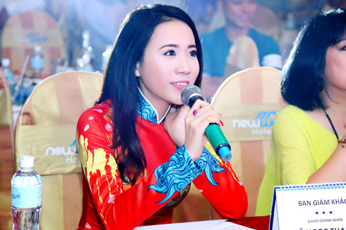 Á khôi Lê Ngọc Thanh nổi bật bên ca sĩ Cẩm Vân-8
