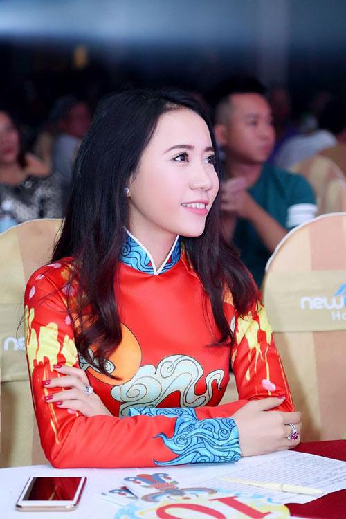 Á khôi Lê Ngọc Thanh nổi bật bên ca sĩ Cẩm Vân-9