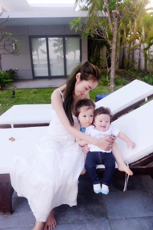 """""""Bà mẹ bỉm sữa"""" Elly Trần khiến vạn phụ nữ muốn có con!-1"""