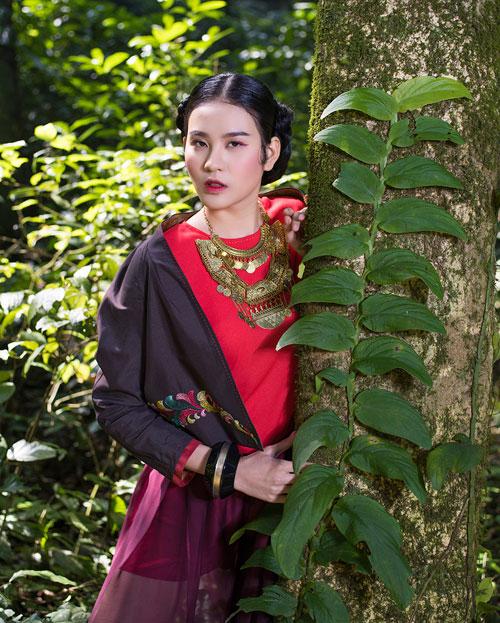Hồn Việt đậm đà trong những tà áo dài gấm-7