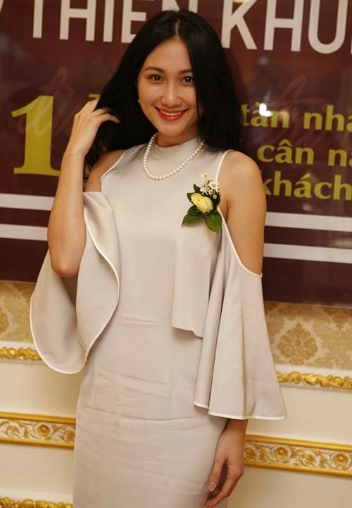 Hoa khôi Nam Em gợi cảm trước ngày thi Hoa hậu Việt Nam-6
