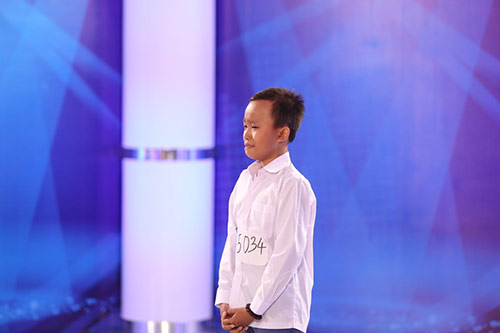 sung sot voi chat giong trong veo cua cau be hat dam cuoi 13 tuoi - 2