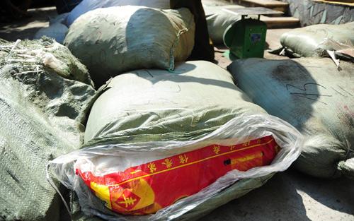 Thu giữ nửa tấn thuốc Đông y xuất xứ Trung Quốc-2