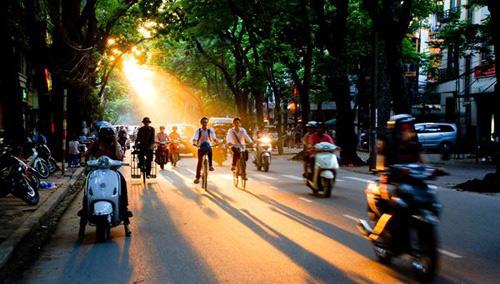 Cả nước nắng nóng, Hà Nội tăng nhiệt mạnh buổi trưa-1