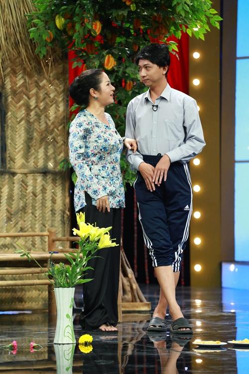 hoai linh phan doi nan lay chong dai loan - 6