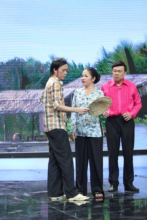 hoai linh phan doi nan lay chong dai loan - 4