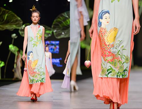 Hoàng Thùy trình diễn váy dát vàng thật tại Tuần thời trang Quốc tế-12