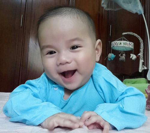 nguyen khanh dan - ad74625 - mat den to tron cuc yeu - 1