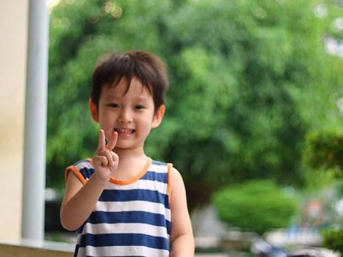 nguyen nhat minh - ad34279 - chang trai cham hoc - 3