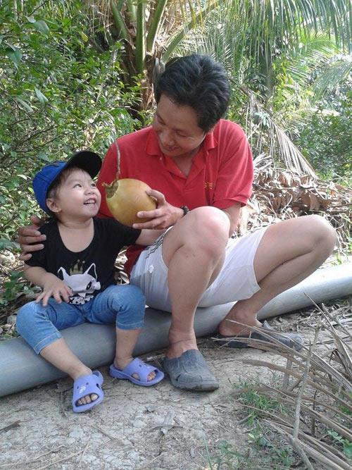 tran khanh uyen - ad61644 - nu cuoi tuoi tan - 1