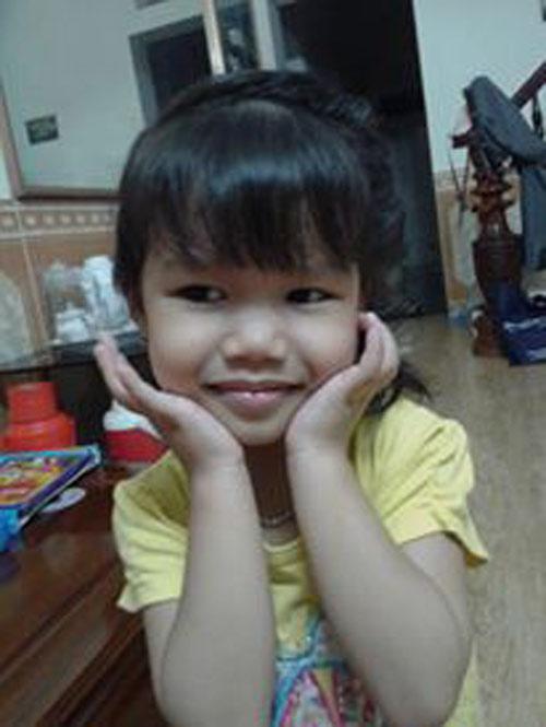 tran phuong linh - ad30227 - co be ca tinh - 1