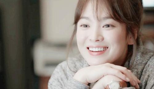 song hye kyo kien hang trang suc, doi boi thuong 6 ty - 4