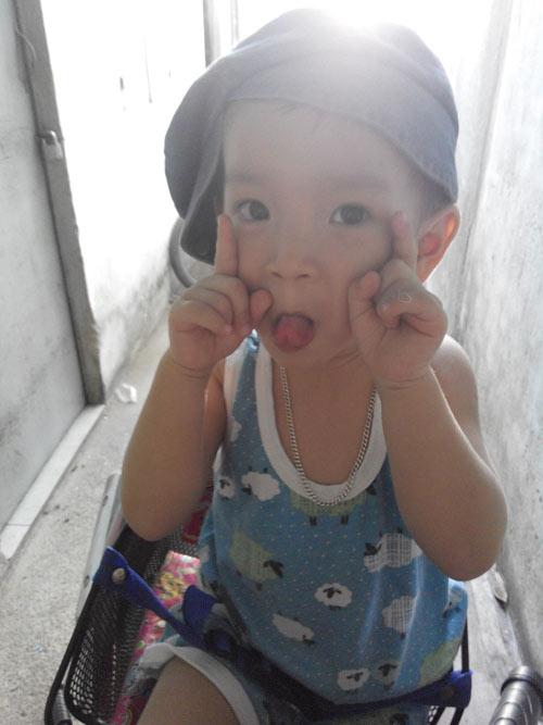 doan trong tri - ad24715 - be trai hieu dong - 1