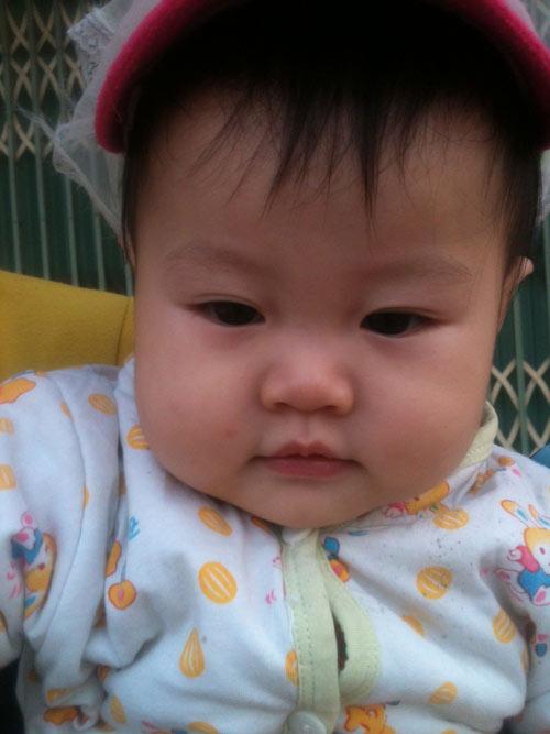 nguyen thi huong giang - ad16693 - co be hay cuoi - 2