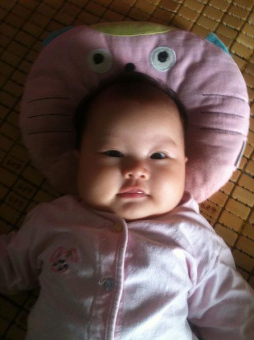 nguyen thi huong giang - ad16693 - co be hay cuoi - 3