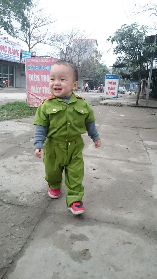 vu nhat minh - ad27760 - chang cong an ti hon - 1