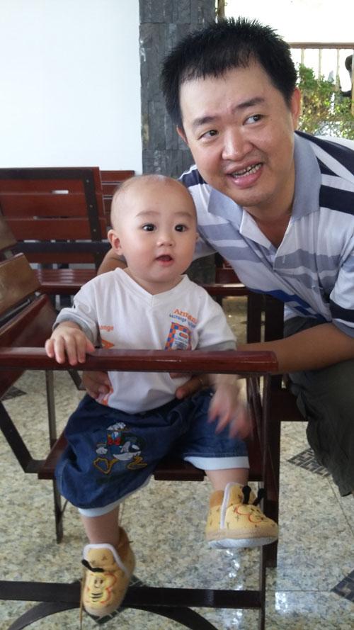 lam ho dang khanh - ad30924 - cau be dang yeu - 1