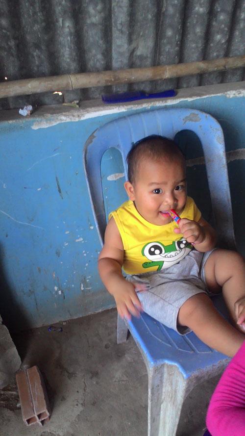 le gia nguyen - ad18860 - cu kem mum mim de thuong - 1