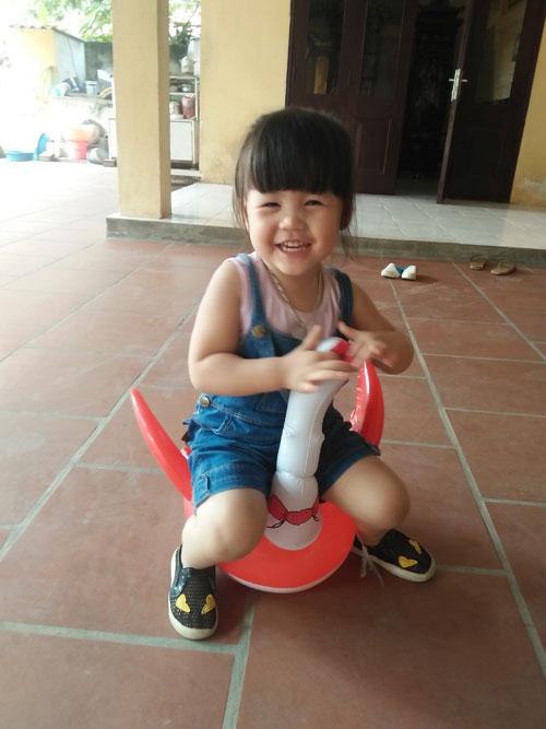 ngo gia han - ad16665- be gai hai huoc - 3