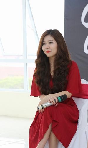 doanh nhan tue nghi: them mot cuoc hon nhan hanh phuc, se bot di mot phu nu kho dau - 1