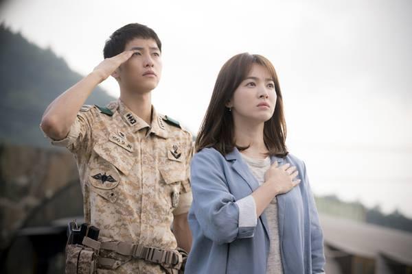 fan thai cho suot 6 tieng de gap song joong ki - 9