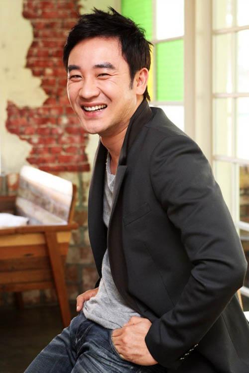 het lam thuong si, jin goo dong phim cung sao giay thuy tinh - 4