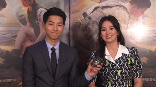 song joong ki, song hye kyo thuc hien clip chao khan gia viet nam - 1