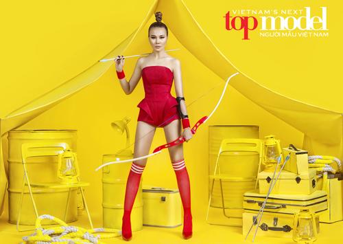 thanh hang tiep tuc lam giam khao vietnam's next top model - 1