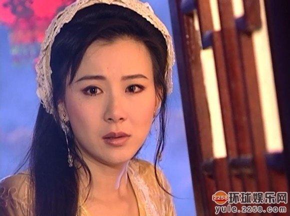 """hau """"dao keo"""", """"quoc bao nhan sac xu dai"""" tre nhu gai 20 - 5"""