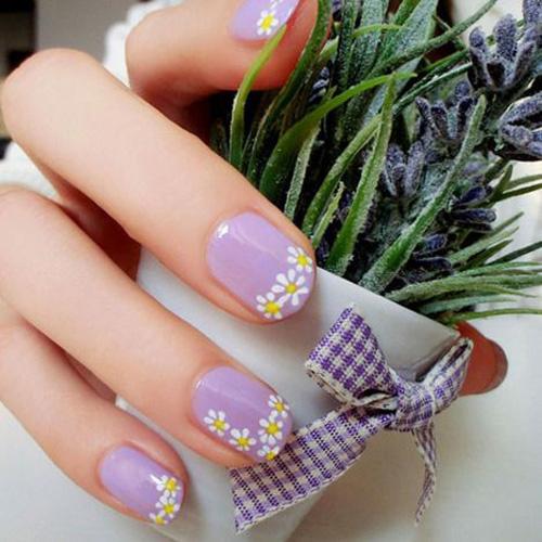 Những mẫu nail mát lạnh giúp bạn giải nhiệt mùa hè-12