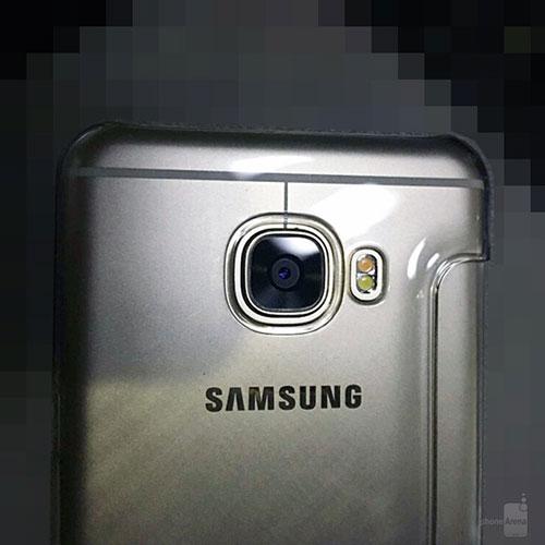 """Samsung Galaxy C5 kim loại lộ """"ảnh nóng"""", rất giống HTC 10, giá rẻ hơn-3"""