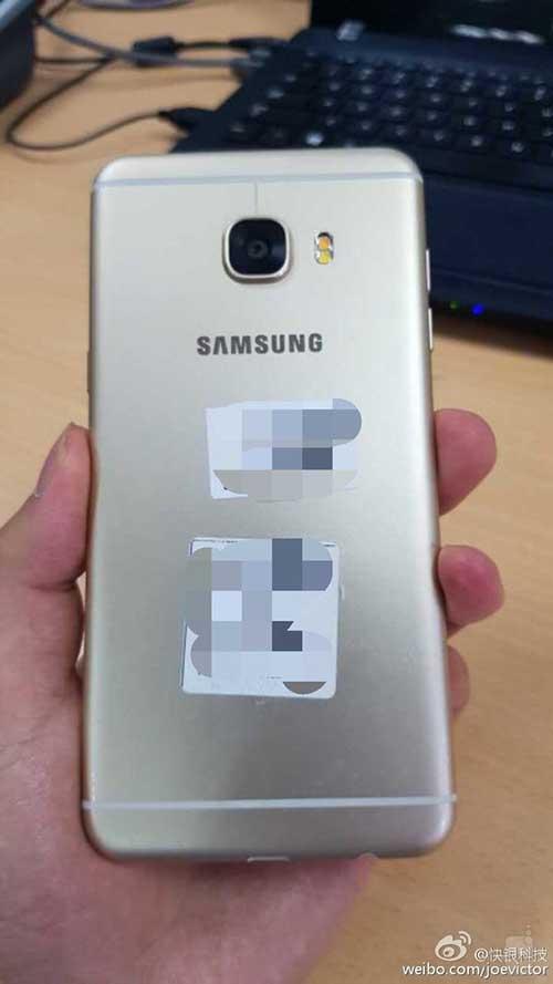 """Samsung Galaxy C5 kim loại lộ """"ảnh nóng"""", rất giống HTC 10, giá rẻ hơn-6"""