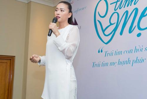 Diệp Bảo Ngọc lái xế sang đến ủng hộ Ngô Thanh Vân-11