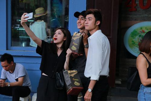 Con gái Thanh Lam tự tin đọ dáng hot girl Salim, Quỳnh Anh Shyn-15