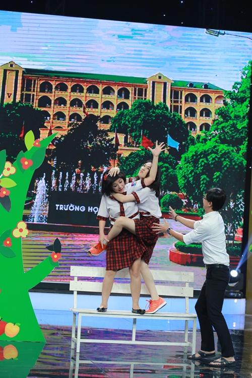 Hòa Minzy bị chê khi diễn hài cùng Thúy Nga-8