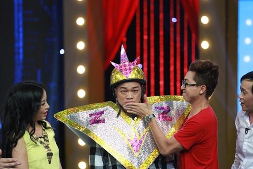 Hòa Minzy bị chê khi diễn hài cùng Thúy Nga-15