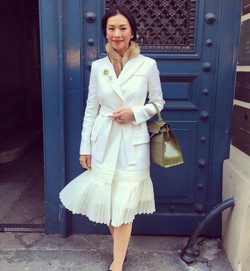 Thời trang xa xỉ của nữ tỷ phú 52 tuổi hot nhất Thái Lan-5
