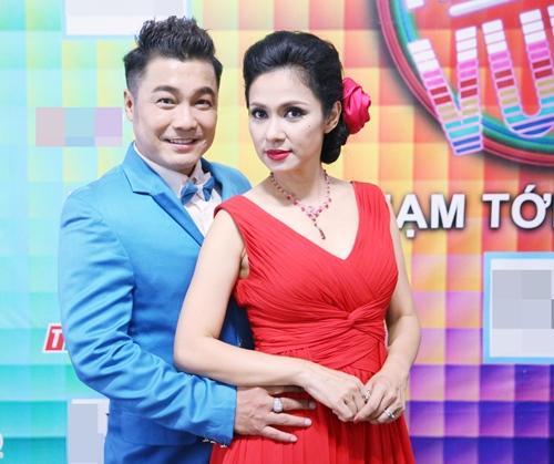 Lý Hùng hát karaoke bị Việt Trinh chê tả tơi-7