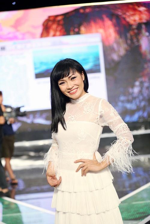 Lý Hùng hát karaoke bị Việt Trinh chê tả tơi-11