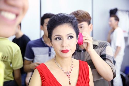 Lý Hùng hát karaoke bị Việt Trinh chê tả tơi-5