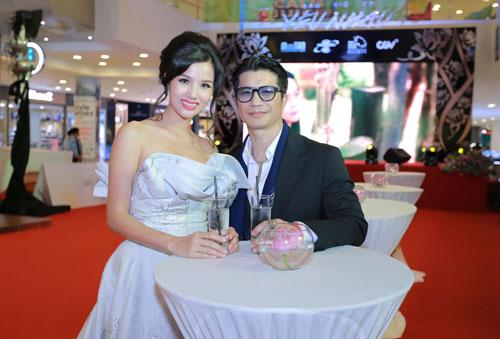Mlee tình tứ Cường Seven đi xem phim của Dustin Nguyễn-6