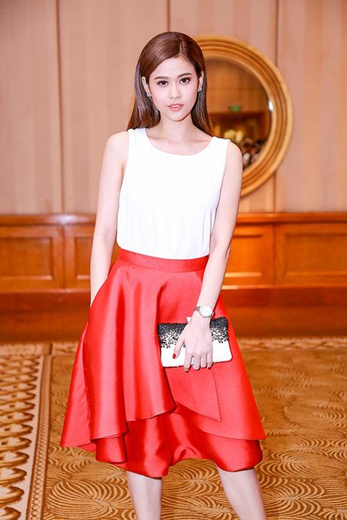 Trương Quỳnh Anh khoe nhan sắc trẻ trung tại sự kiện-2