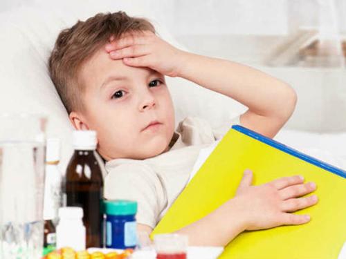 5 sai lầm kinh điển của bố mẹ khiến trẻ ốm yếu liên tục-2