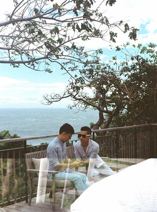 Adrian Anh Tuấn và Sơn Đoàn khoe ảnh kỷ niệm ngày cưới-4