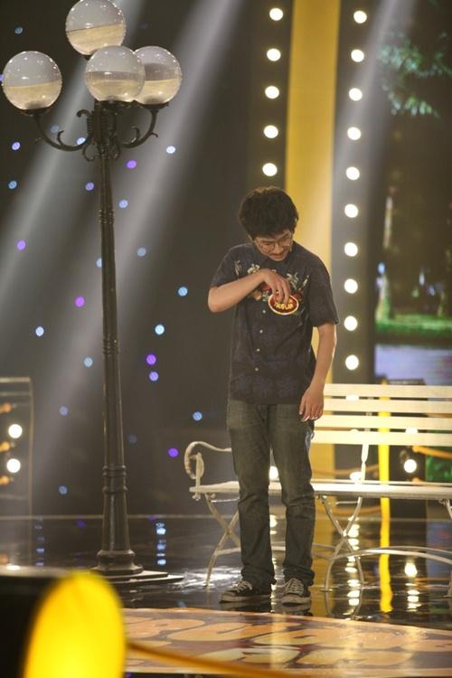 'Hậu duệ Trấn Thành' diễn hài khiến giám khảo bất ngờ-17
