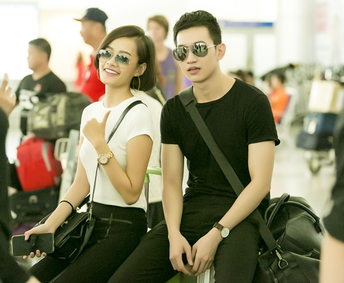 ngoc trinh khoe nhan sac tre trung o san bay singapore - 7