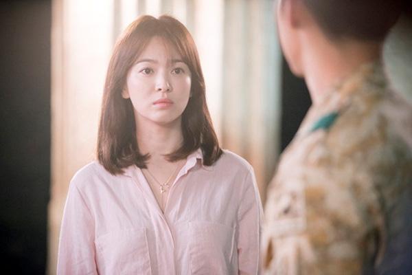 """cuoc song vuong gia sau 16 nam dong """"trai tim mua thu"""" - 1"""