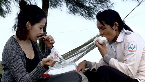 milan pham roi nuoc mat di don chuong heo va mo ngao - 7
