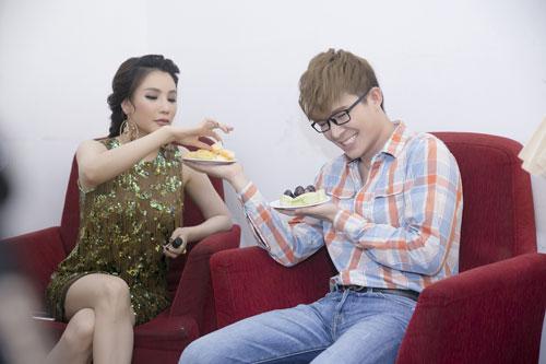 """nathan lee ban ron van quyet toi """"phuc vu"""" ho quynh huong - 12"""