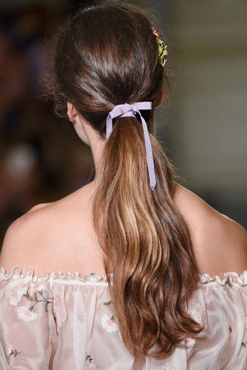 Những kiểu tóc tuyệt đẹp cho cô dâu mùa hè-5